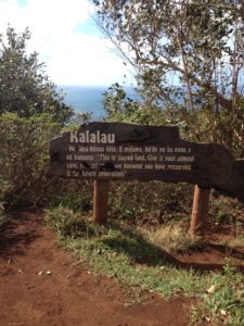 Kalalau sign at entrance of Kalalau Valley